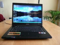 Beautiful! Almost new Samsung notebook R60