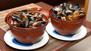 Mussels in the shell of the black sea live. Fast delivery in Ukraine