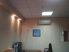 Продам офис 376 м кв., этаж в офисном центре, м. Бот. Сад